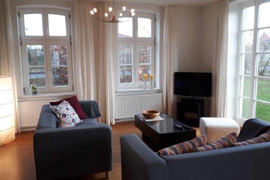 Wohnzimmer in der EG Wohnung Elegance